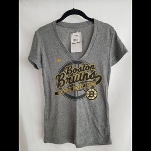 Boston Bruins V-neck T-shirt